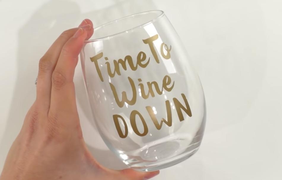DIY Wine Glasses With Your Cricut - Easy Cricut Wedding Gift