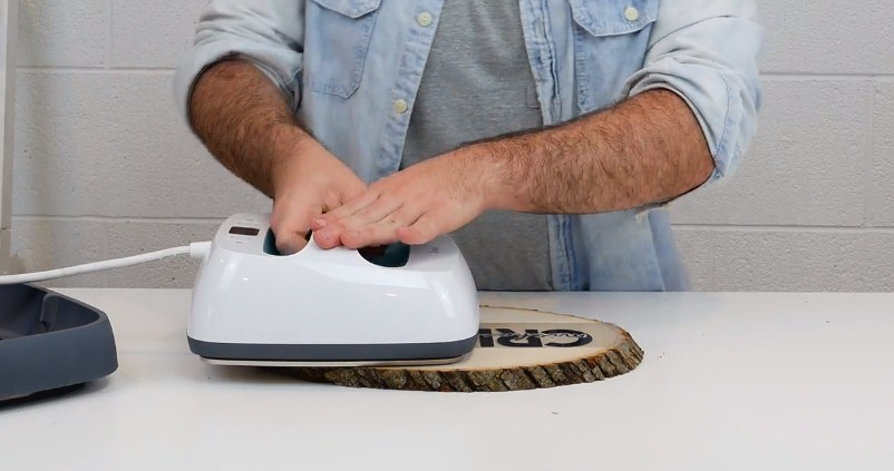A Cricut EasyPress makes it so much easier to Iron On Wood