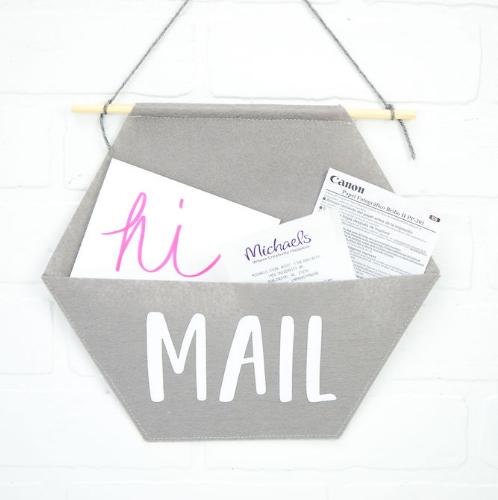 Felt Mail Organizer