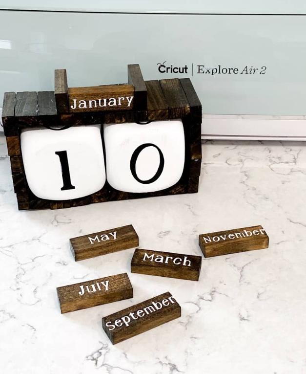 DIY Wood Block Calendar