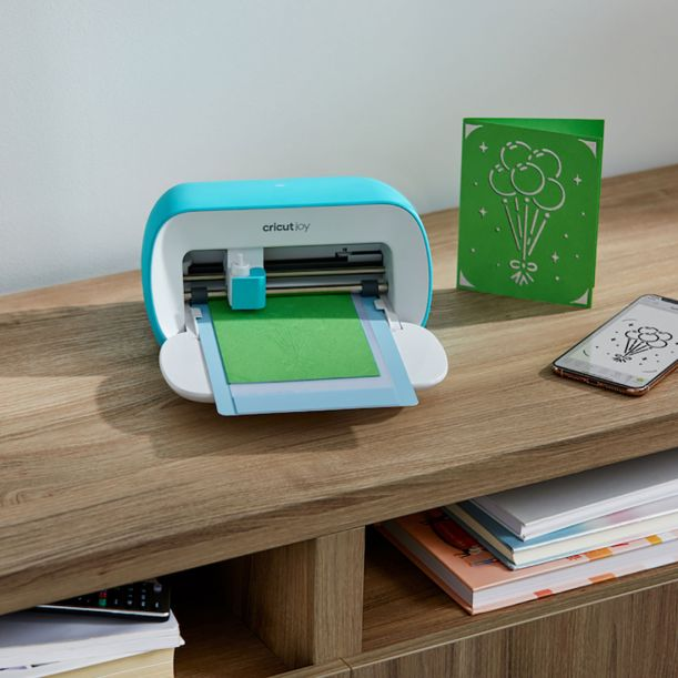 Cricut Joy is perfect for card makers