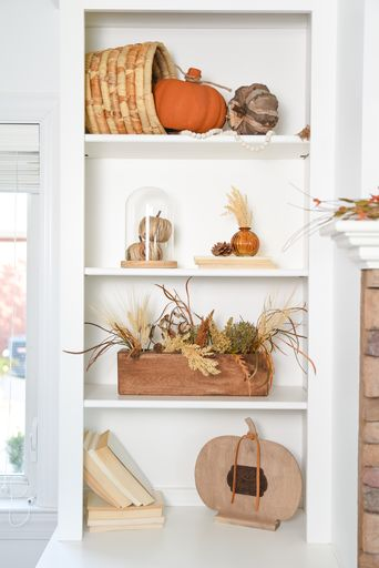 Cricut Autumn Shelf Decor