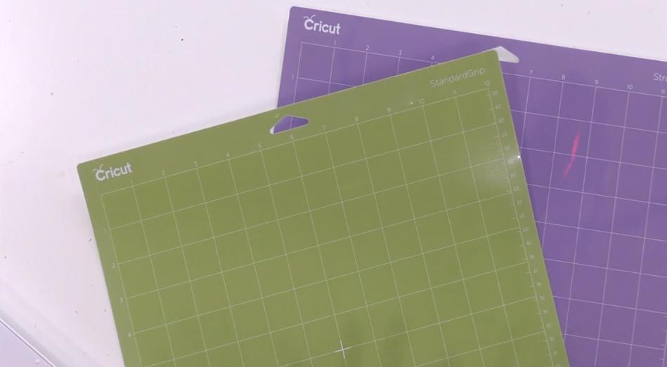 Cricut Standard Grip And Strong Grip Cutting Mats