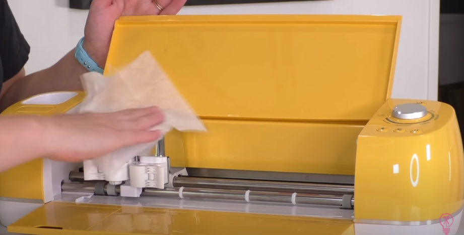 Cleaning Cricut With Baby Wipes