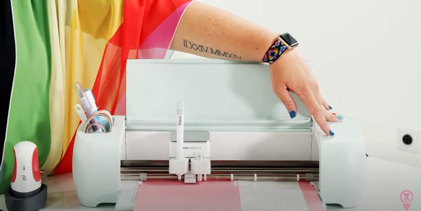 Loading Cricut Smart Cardstock Into Machine